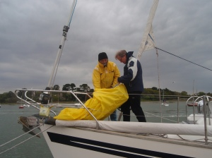 Mounting the new headsail